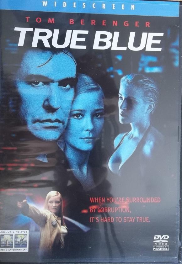 True Blue / v Čínské čtvrti (originální zněná s CZ titulky ) Bazarové zboží -  DVD