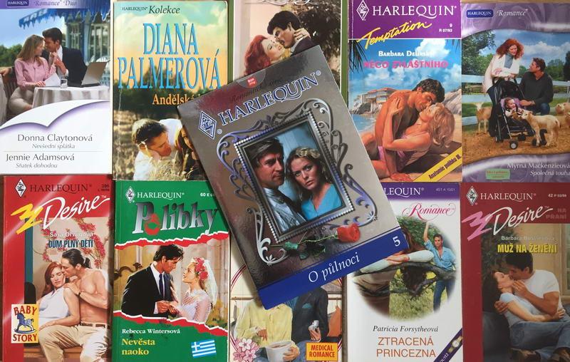 Velká knižní kolekce Harlequin XXV. - 10x bazarová kniha + DVD dárek zdarma