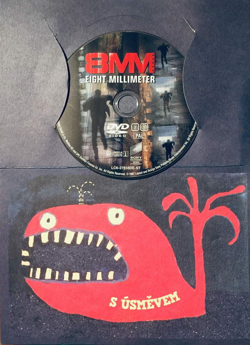 8MM - DVD /dárkový obal/
