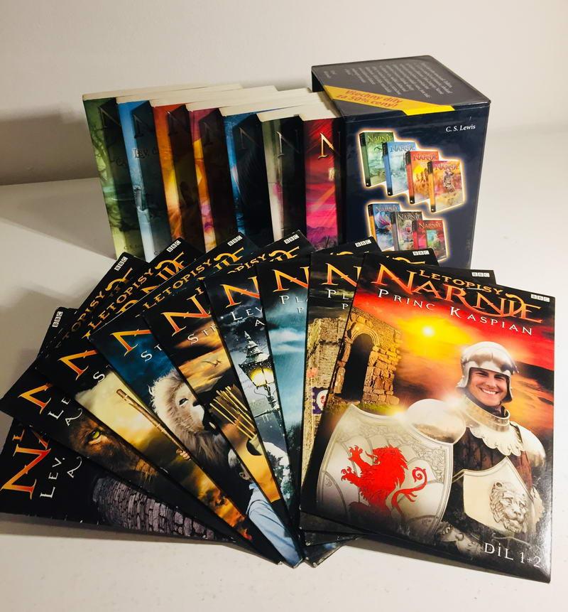 Knižní kolekce Narnie s DVD - 7xkniha v dárkovém kartonovém obalu + 9xDVD /pošetka/