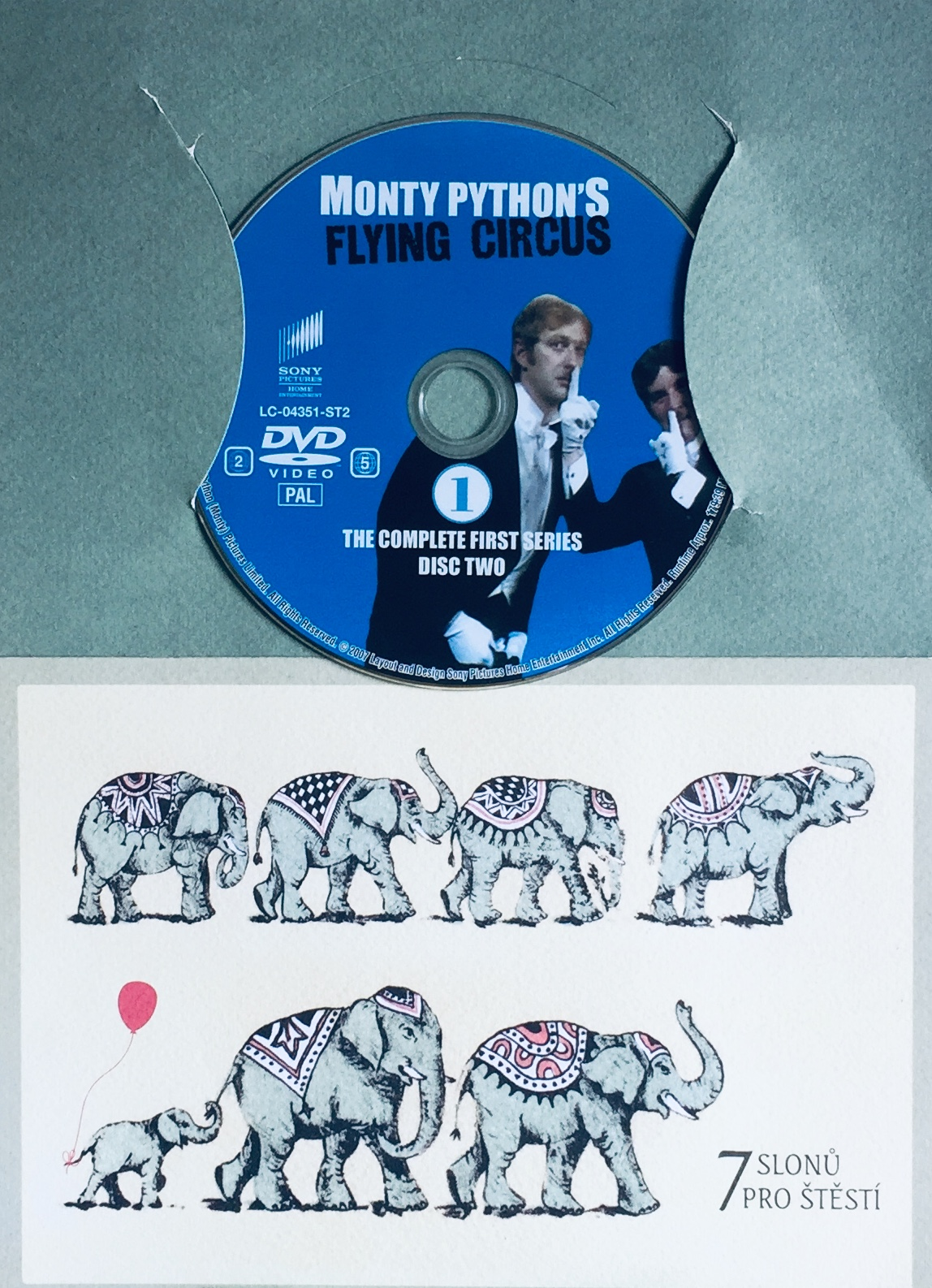 Monty Python's Flying Circus - The Complete First Series - Disc Two - DVD /dárkový obal/